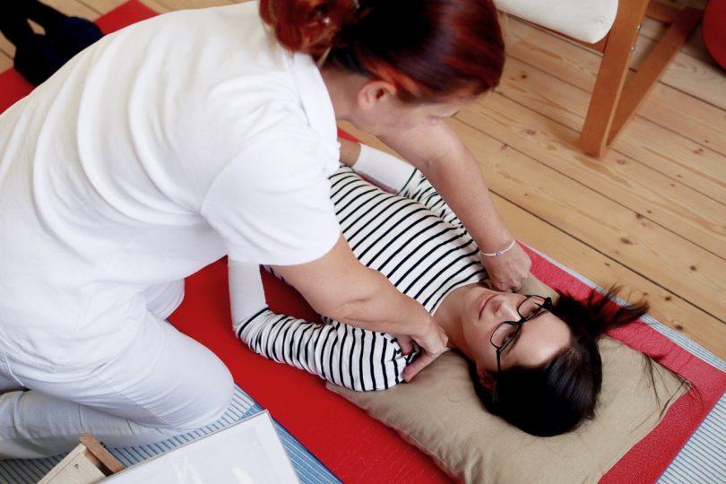 Schmerztherapie-nach-Liebscher-und-Bracht